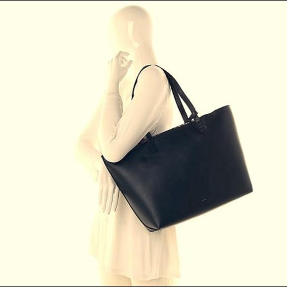 25817e47d8 Hale Bob Handbags - Women Hale Bob Handbag w Tribal Patterned Lining!~